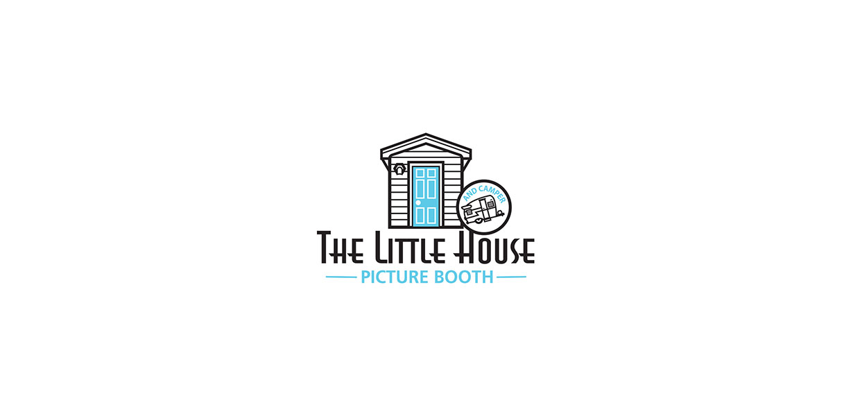 The Little House Picturebooth